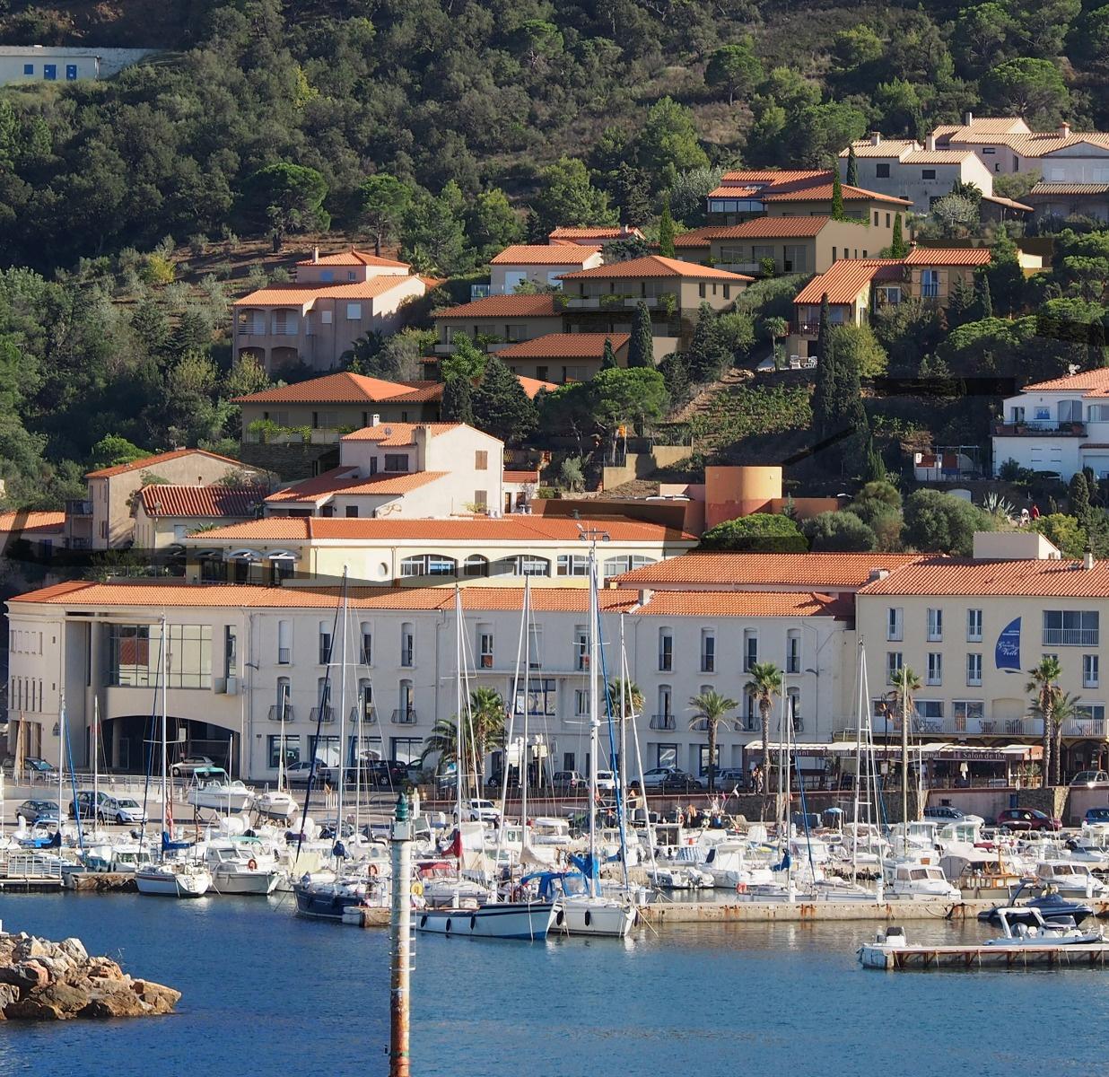 Vente appartement t2 grage terrasse vue mer et montagne for Terrasses en vue immobilier