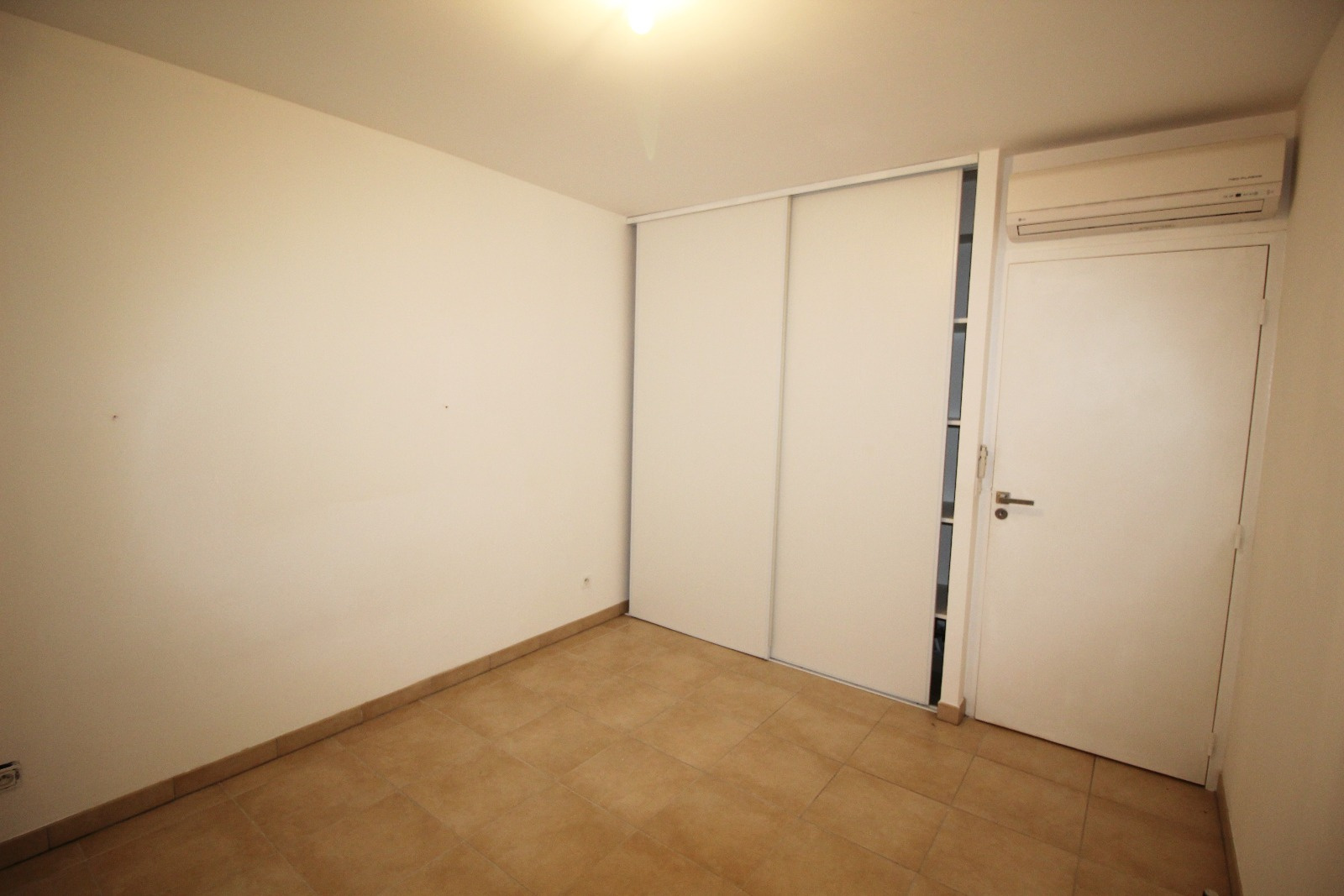 Vente appartement type t3 avec ascenseur proche du centre du village port - Ascenseur individuel prix ...